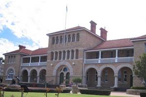 La Peth Mint, située à Perth, en Australe, fabrique les pièces Kangourou en or